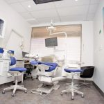 Emergency dental office with chairs, tables, computer, monitor screens, and all the stuffs used by dentist which is considered as one of the dental clinic of eDental Perth.